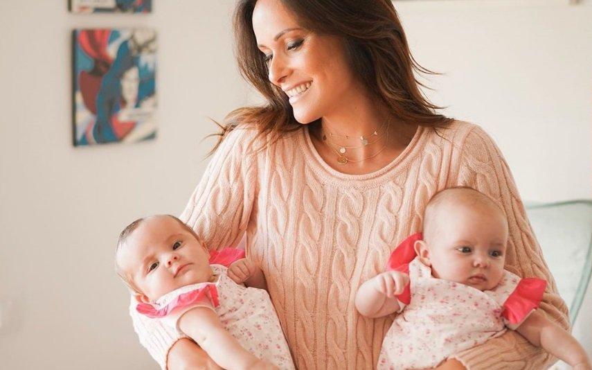 Helena Costa com as filhas, Mercedes e Maria do Mar
