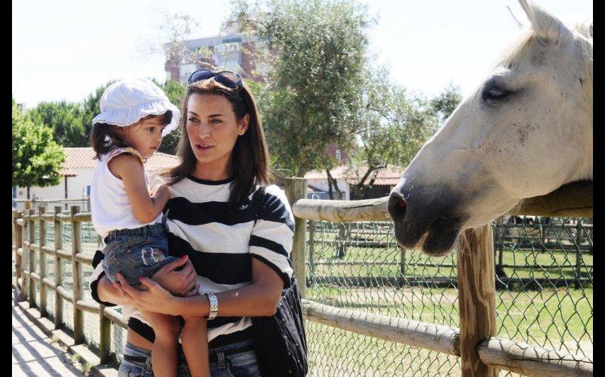 Andreia Dinis com a filha Flor