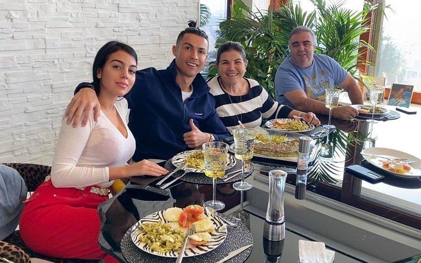 Georgina Rodríguez, Cristiano Ronaldo, Dolores Aveiro e José Andrade