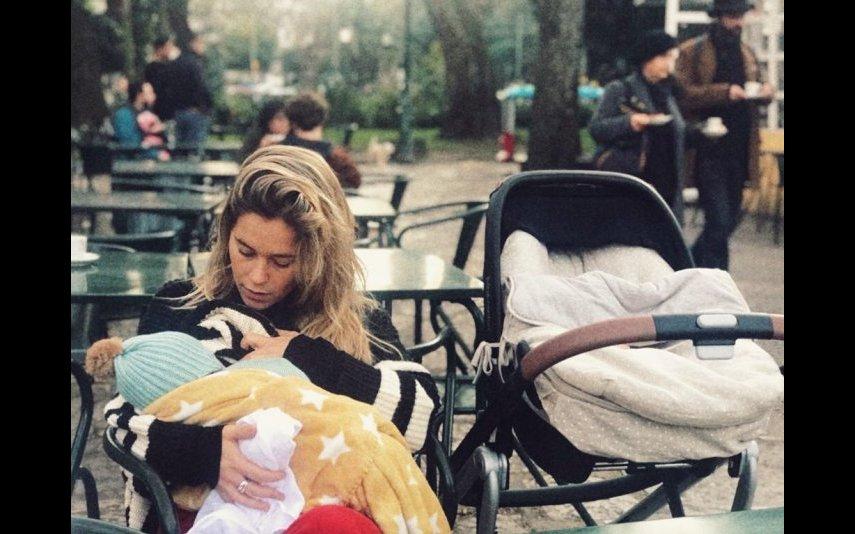 Inês Aires Pereira com Alice