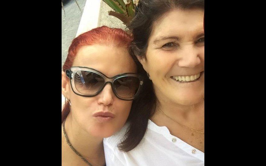 Elma e Dolores Aveiro