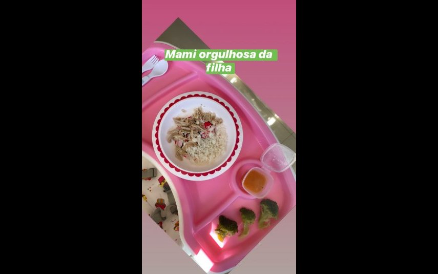 Katia Aveiro partilhou a refeição da filha Valentina
