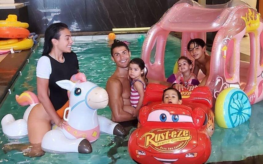 Georgina Rodríguez com a família
