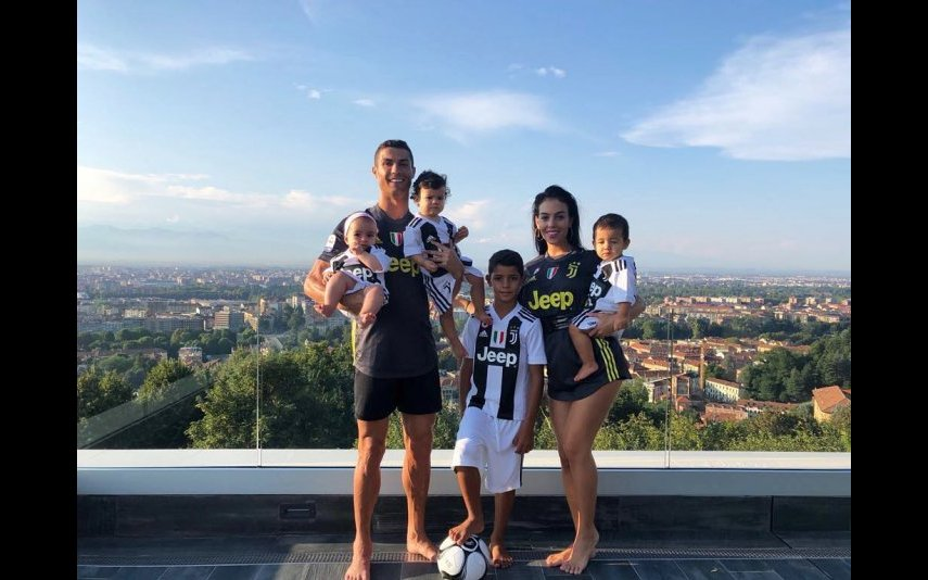 Cristiano Ronaldo com a família