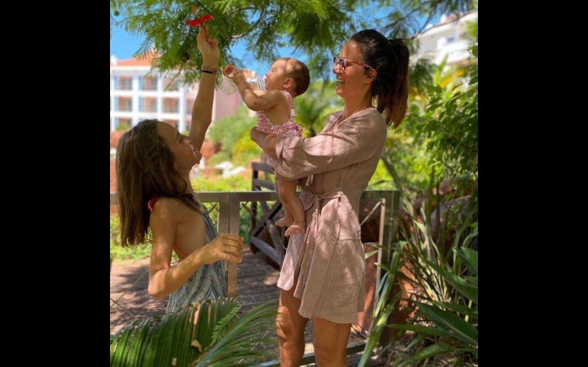 Cláudia Vieira com as filhas