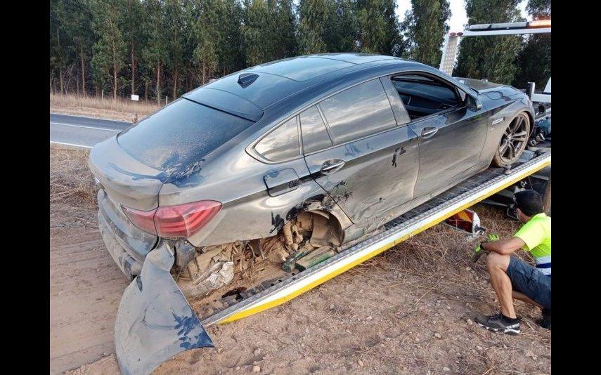 Leandro e a família sofrerem um acidente de automóvel aparatoso