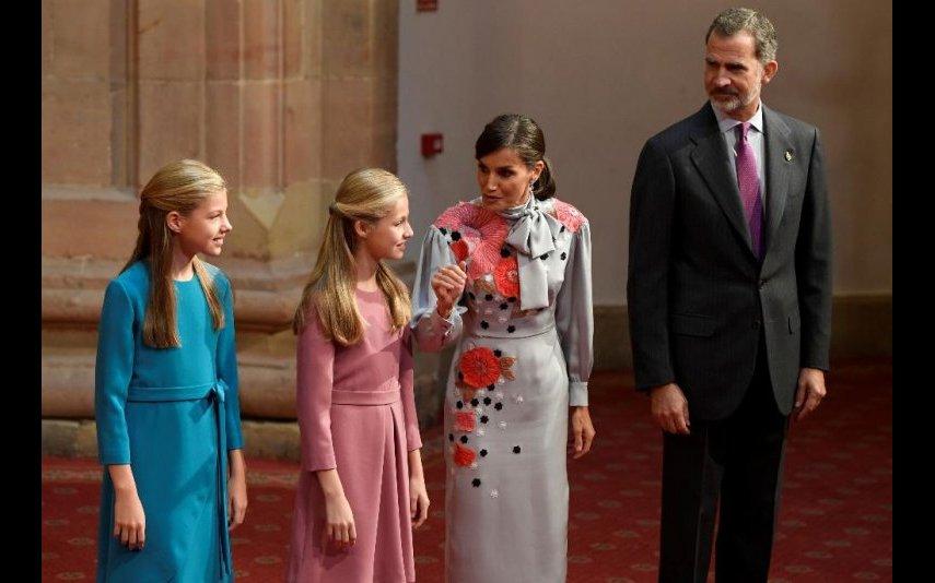 Letizia e Felipe VI com as filhas