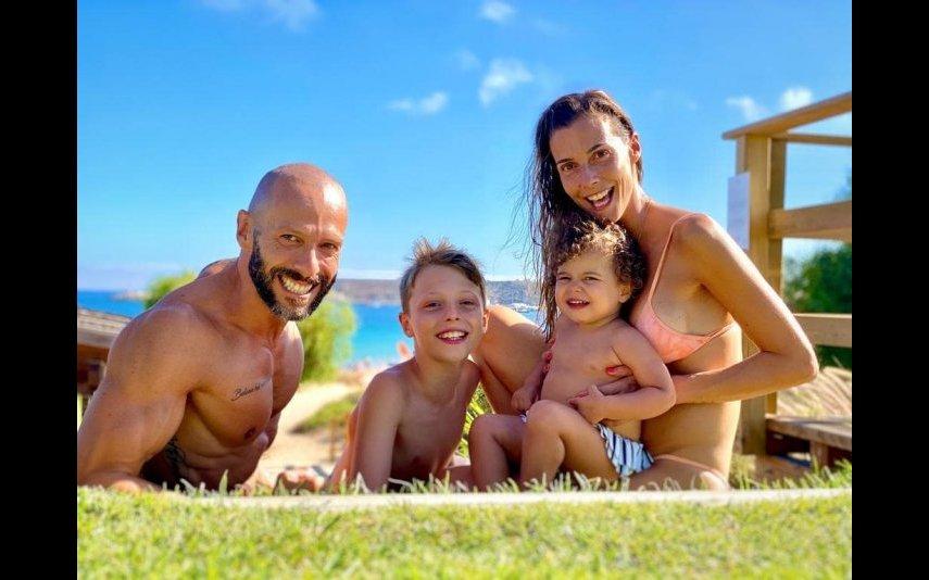 Samuel Fortuna e Cláudia Borges com os dois filhos: Carolina e Rodrigo