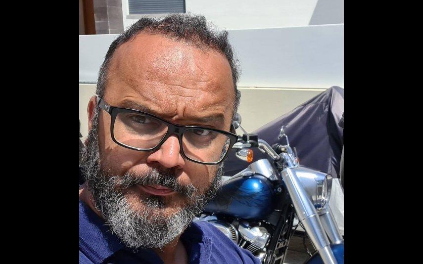 Fernando Rocha arrasa Cláudio Viana