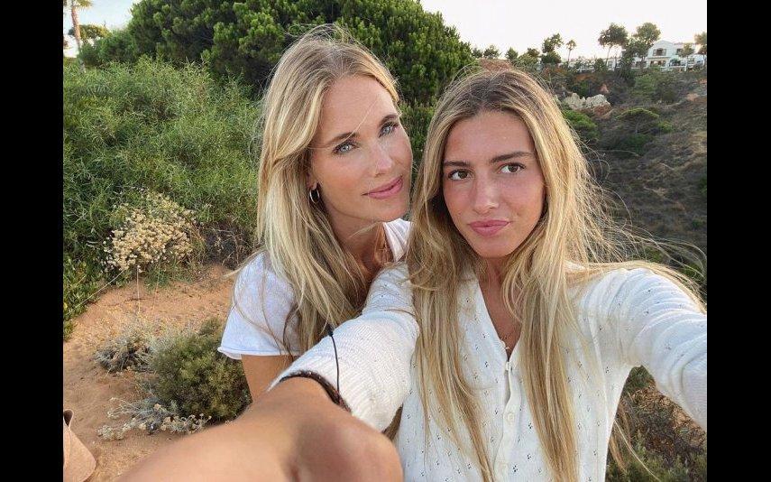 Daniela com a mãe, Helen Svedin
