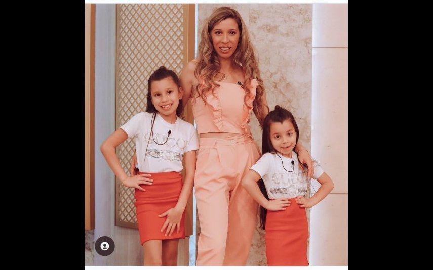 Sónia Jesus com as filhas Maiara e Naísa