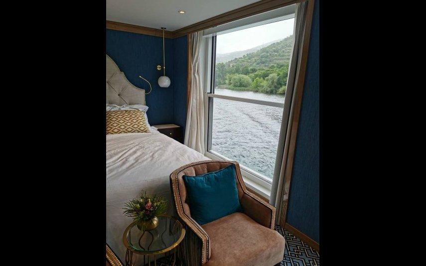 Eis o quarto em que ficou hospedada Cristina Ferreira