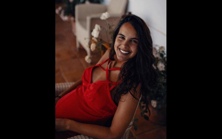 Sara Matos decidiu presentear os fãs com uma nova fotografia da barriguinha de grávida