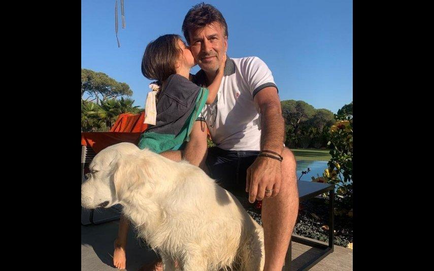 Tony Carreira partilhou a primeira fotografia desde que sofreu um enfarte do miocárdio