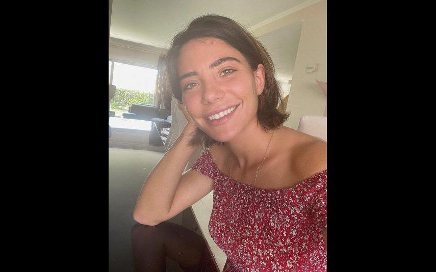 Carolina Carvalho, irmãos, presente, carta de condução, surpresa, vídeo, SIC