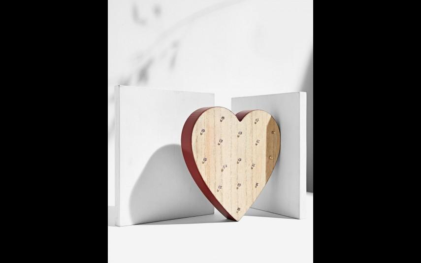 Coração com luzes, Stradivarius,  15,95 euros