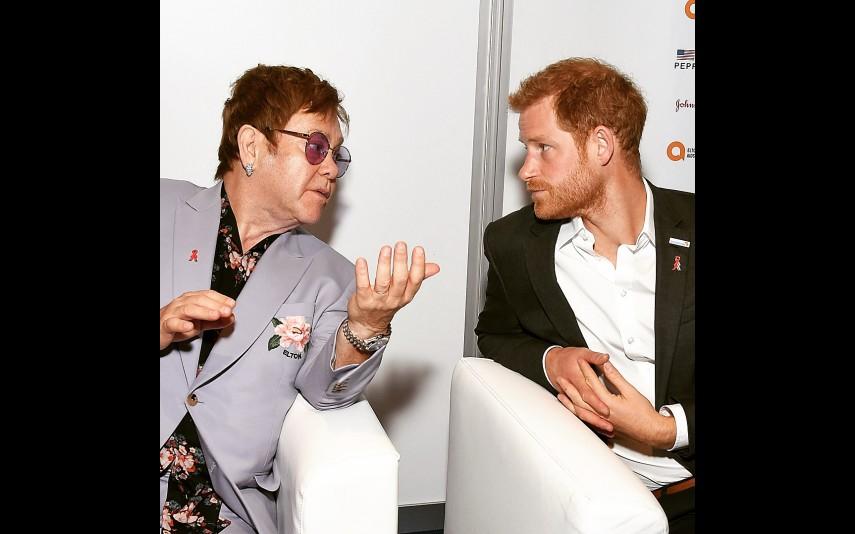 Elton John e príncipe Harry