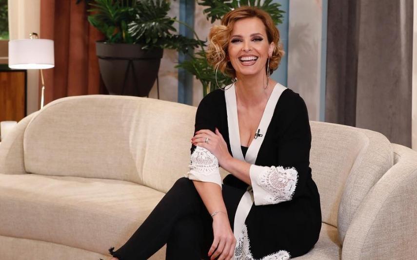 Sapatos com 'picos' de Cristina Ferreira custam 625 euros e