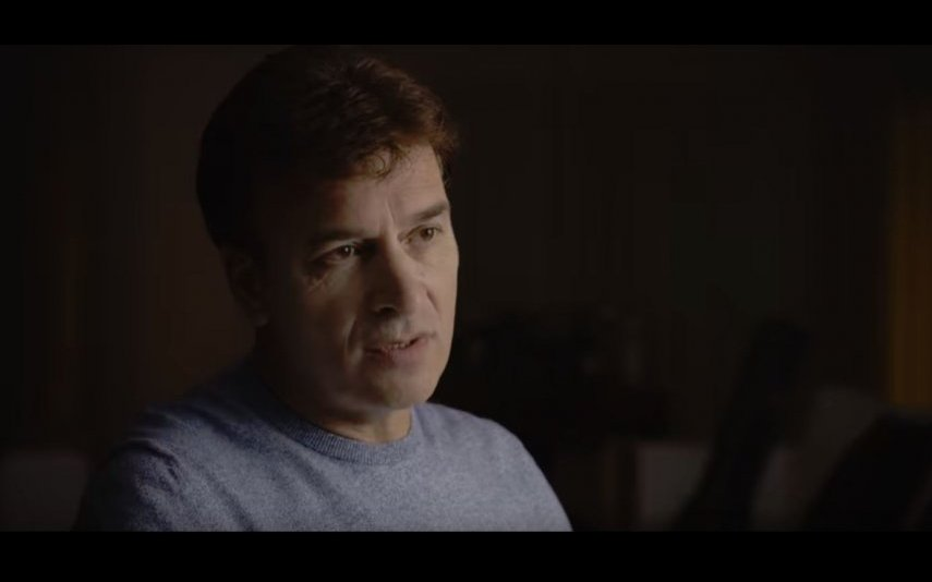 Tony Carreira apresenta o documentário «Tony»