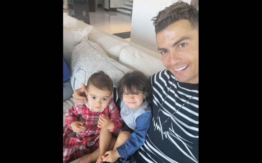 Cristiano Ronaldo e filhas