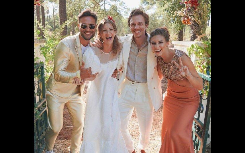 Os noivos com os convidados