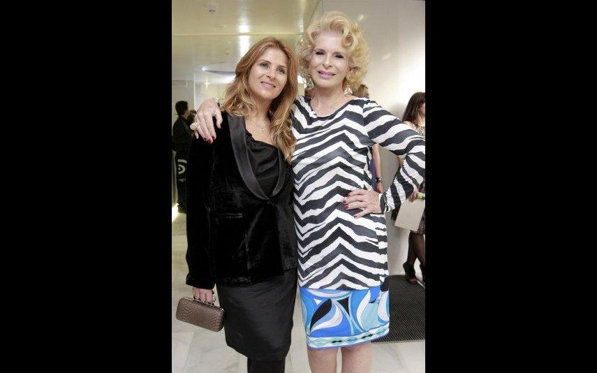 Lili Caneças ao lado da filha mais nova, Rita Caneças